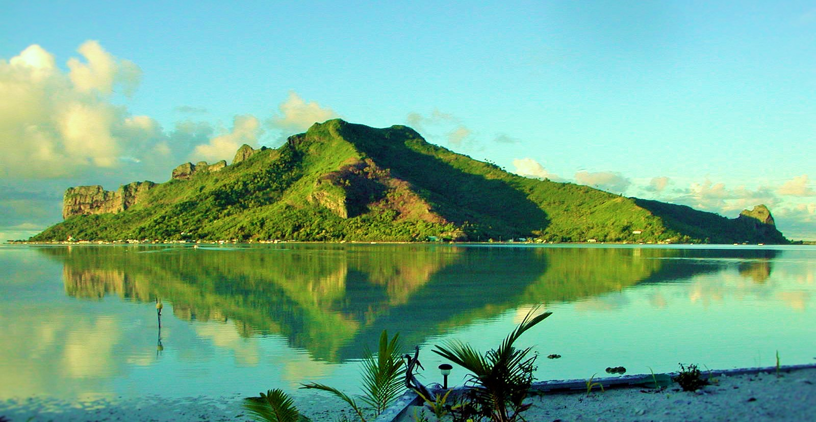https://tahititourisme.be/wp-content/uploads/2017/08/Couverture-1-46.jpg
