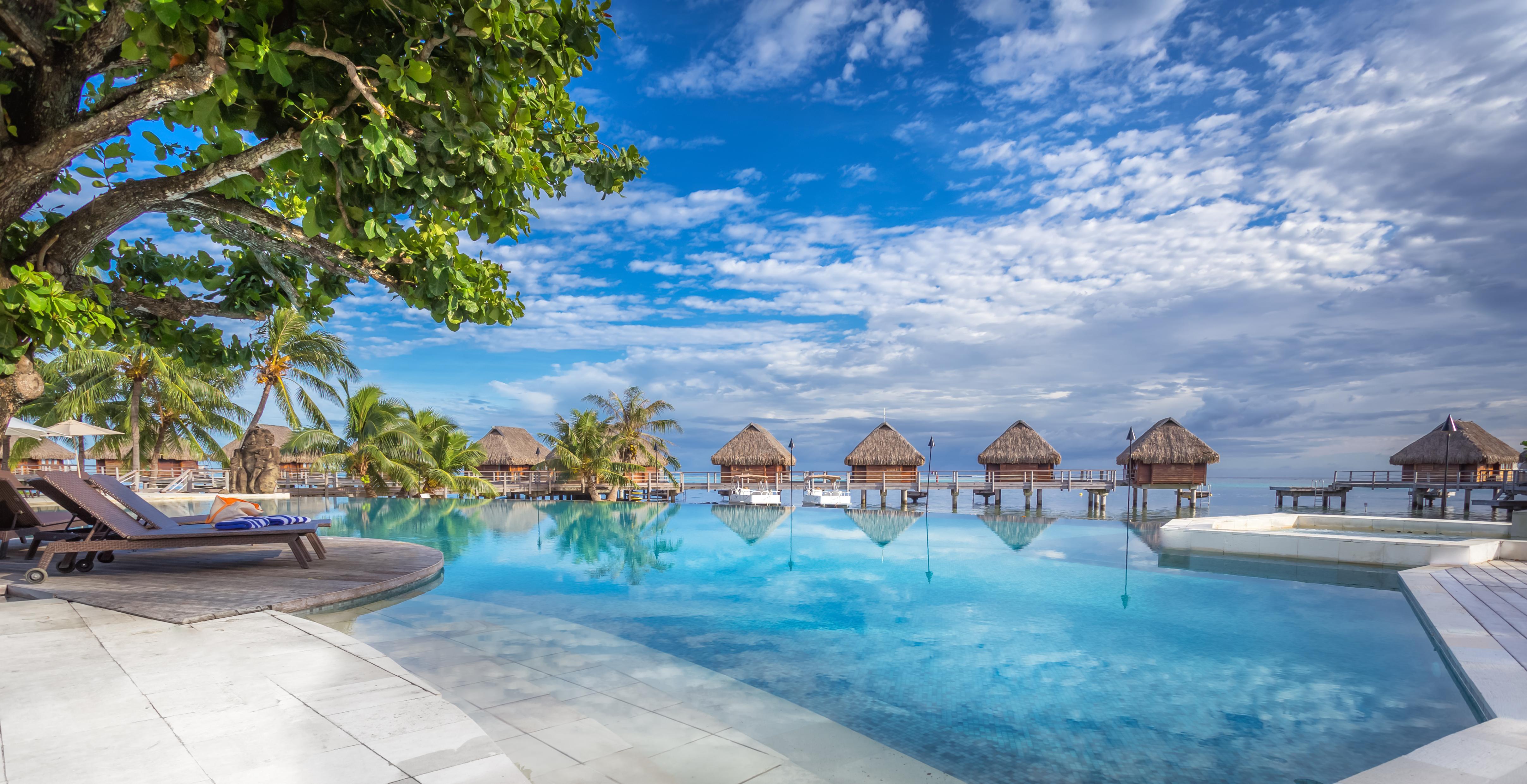 https://tahititourisme.be/wp-content/uploads/2017/08/HEBERGEMENT-Manava-Beach-Resort-and-Spa-Moorea-1-Charles_Veronese.jpg