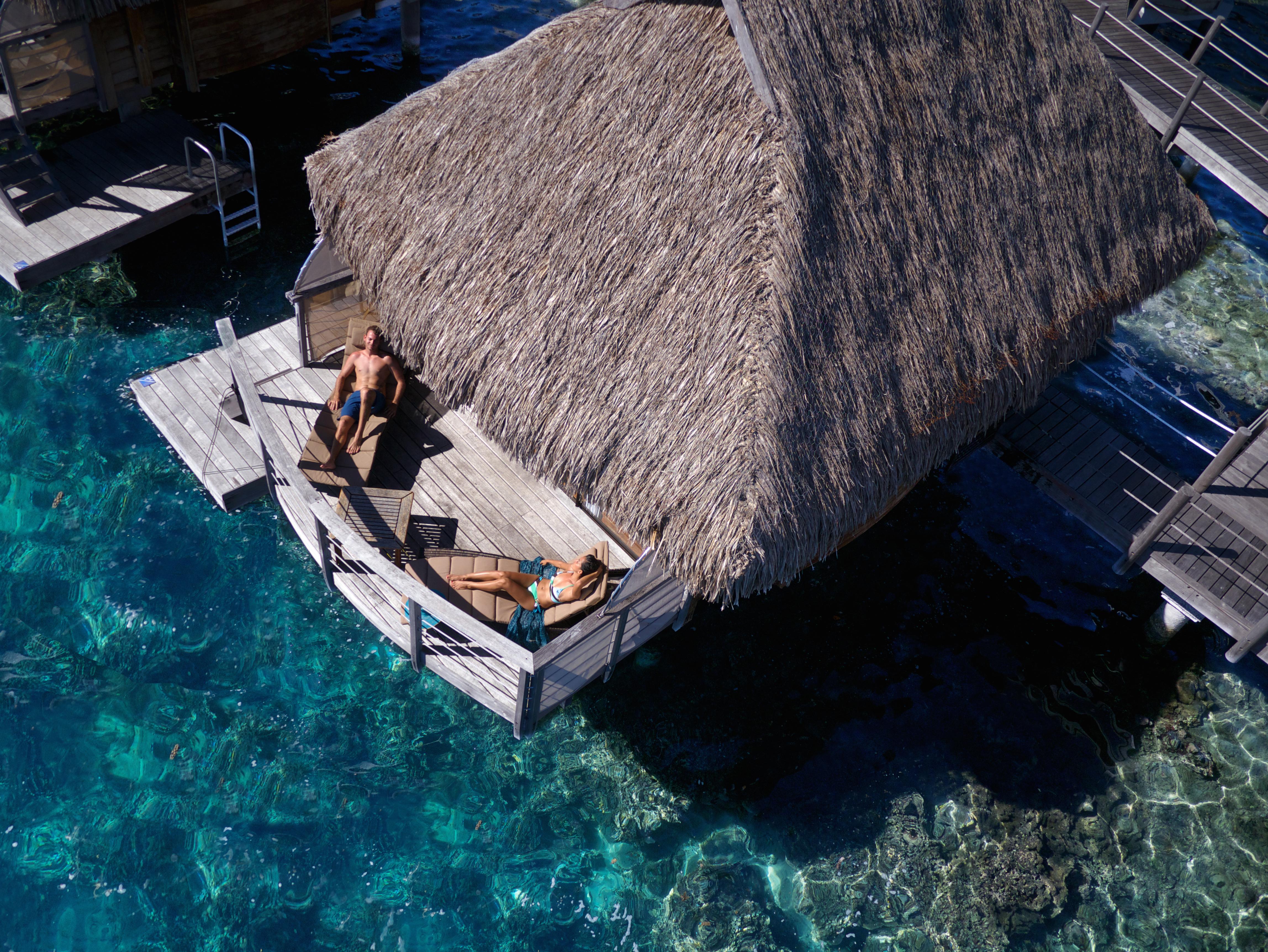 https://tahititourisme.be/wp-content/uploads/2017/08/HEBERGEMENT-Manava-Beach-Resort-and-Spa-Moorea-3-Tim_McKenna.jpg