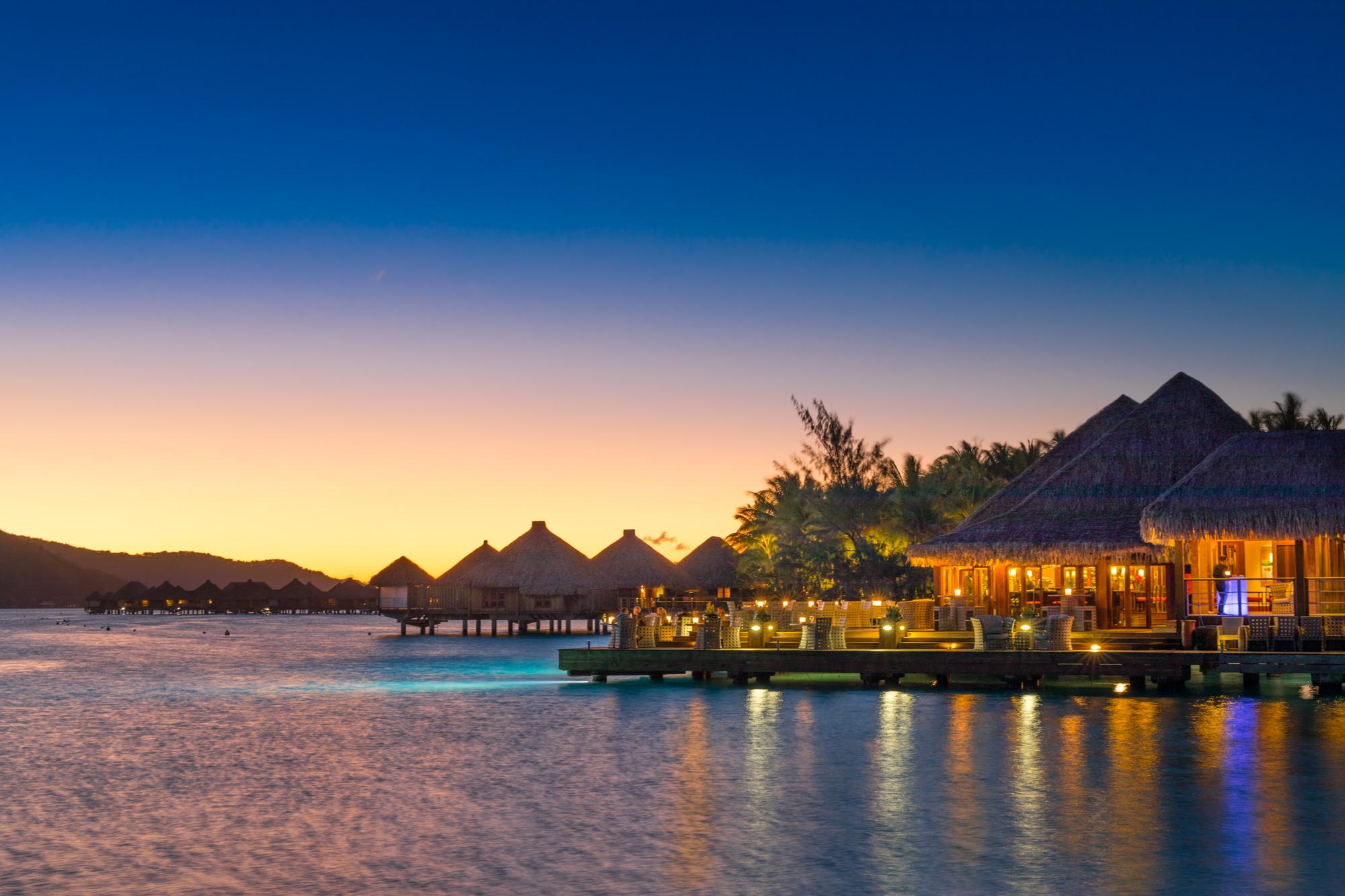 https://tahititourisme.be/wp-content/uploads/2017/08/Lagoon-Restaurant.jpg
