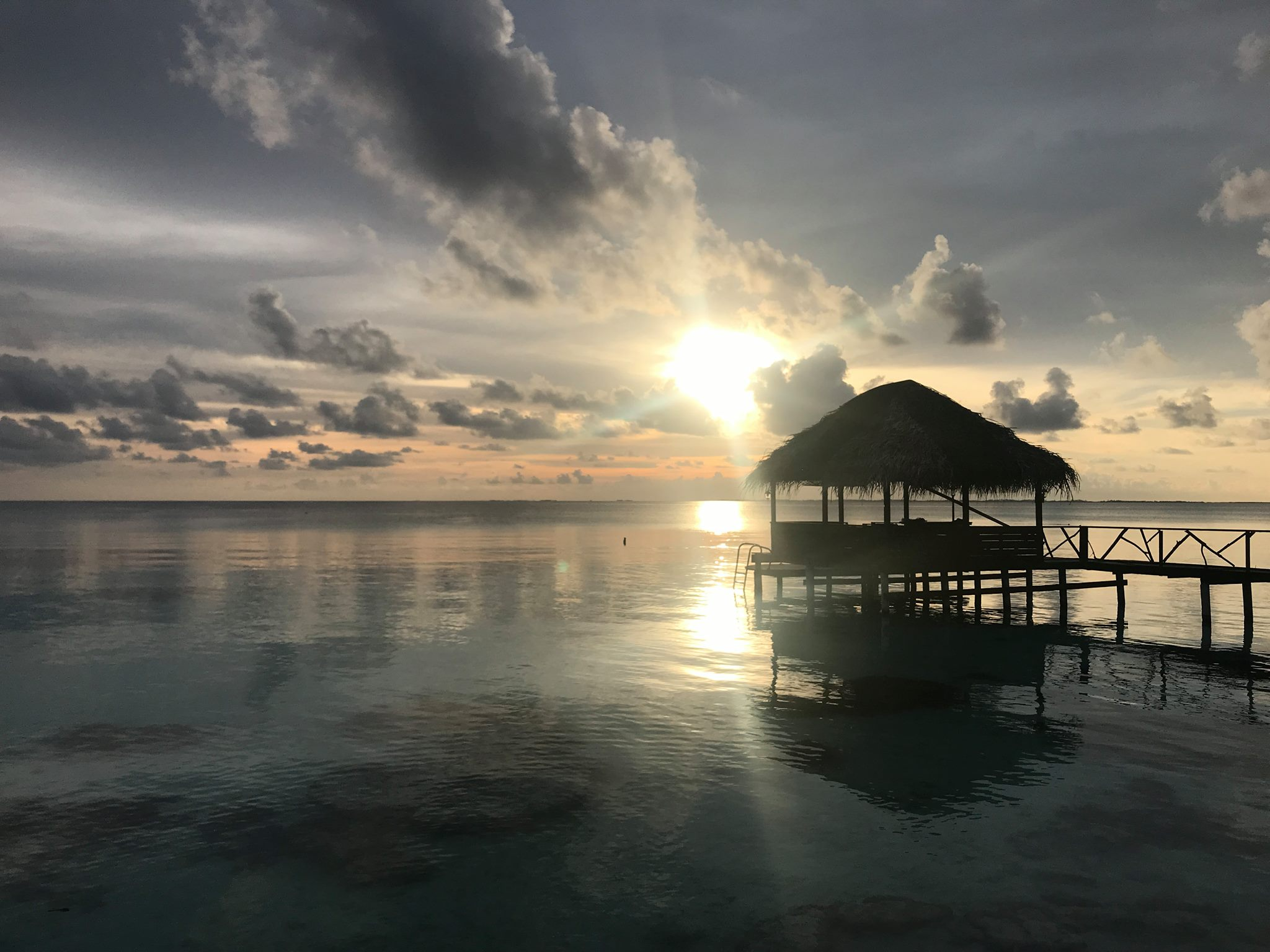 https://tahititourisme.be/wp-content/uploads/2017/08/vuecouchedesoleil.jpg