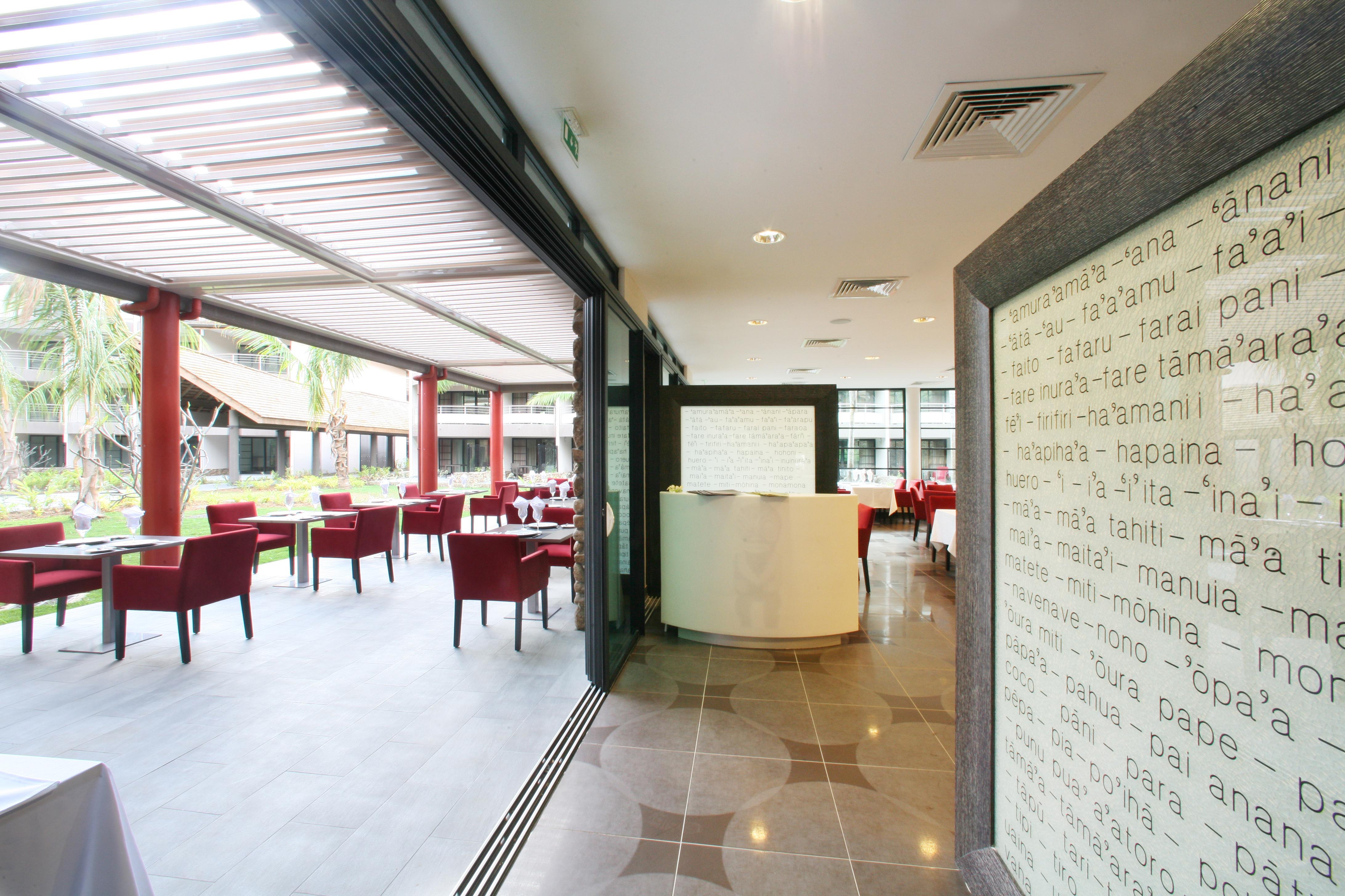 https://tahititourisme.be/wp-content/uploads/2018/03/RESTAURATION-Vaitohi-Restaurant-3.jpg