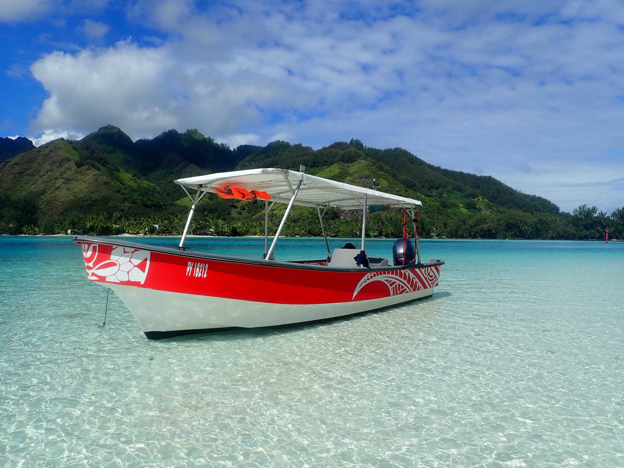 https://tahititourisme.be/wp-content/uploads/2020/09/Boat-Hinaloa.jpg